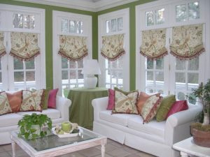 pleasing-country-window-treatments-decor-for-white-sunroom-design-with-white-sofa-set-and-green-draperies