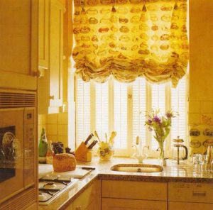 window-decorating-ideas-balloon-curtains-14